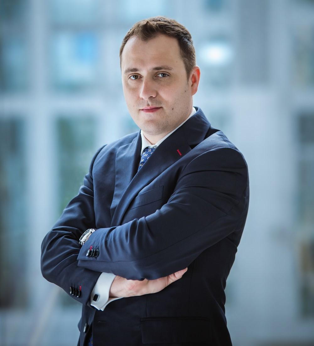 Tomáš Mrnka, Członek Zarządu, Dyrektor Sprzedaży, AXA Partners CEE