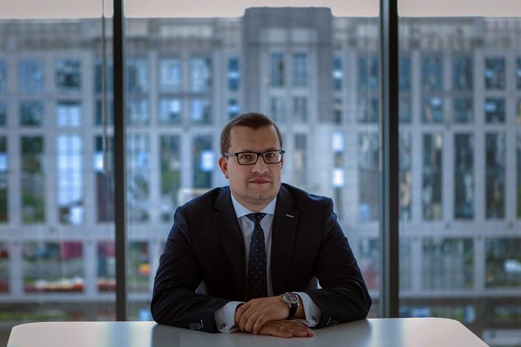 Łukasz Hajkowski, Członek Zarządu, Dyrektor Sprzedaży Korporacyjnej, AXA Partners